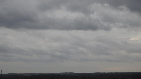 mennydörgés : Timelapse Of Clouds Becoming Stormclouds Then Rainclouds