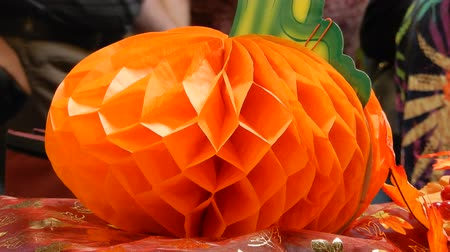 tajemnica : Orange Halloween Pumpkin Paper Mache Decoration 4K