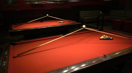 číslo : 4K Billiards Pool Tables Red With Balls Dostupné videozáznamy
