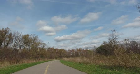venkovský : High Angle Shot Of Sky And Road Vanishing Point While Jogging Through Park 2