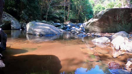 maravilhoso : This unique video shows the unique nature in the Thai jungle The video was created at the Pala U Waterfall in Hua Hin