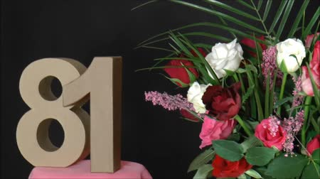 forgat :  Number of age with roses