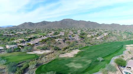 Aerial Northern Arizona Golf Course Pan Left Wideo