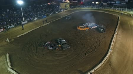 Phoenix, USA – 11252017: Aerial Demolition Derby Cars Battling Wideo