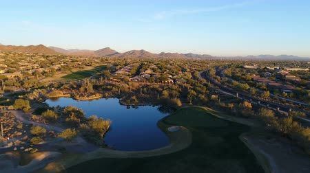 Aerial Arizona Golf Course Green Fly Over Wideo