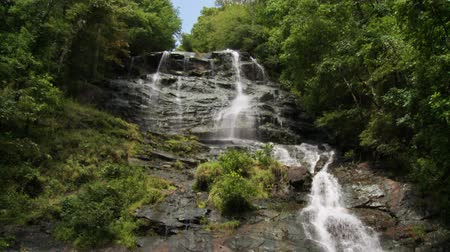 tisztaság : A breathtaking view of Amicalola Falls in the North Georgia Mountains.
