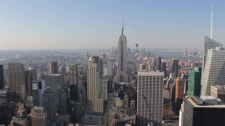 uitzicht op stad : Wolkenkrabbers van New York City Aerial View, Verenigde Staten Stockvideo