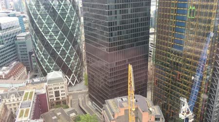 londyn : London City buildings aerial view. Financial quarter
