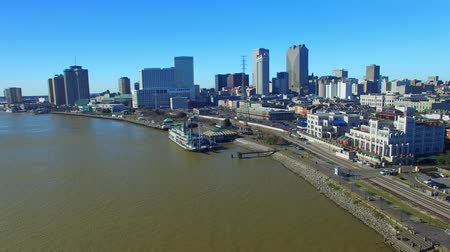 New Orleans Bridge and Buildings, Louisiana aerial view Stok Video