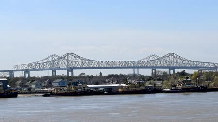 New Orleans bridge from Mississippi Stock mozgókép