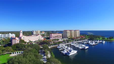 baía : St Petersburg, FL. Aerial view of city skyline on a sunny day