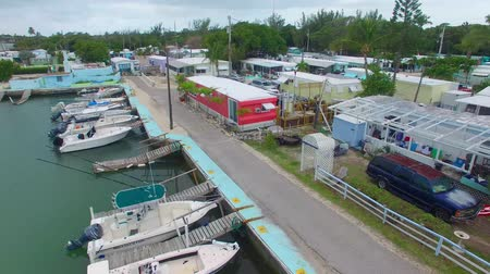 occidente : Overseas Highway vista aerea, Islamorada - Florida, Stati Uniti d'America Filmati Stock