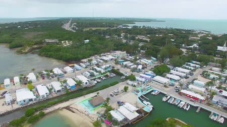 batı : Panoramic aerial view of Overseas Highway, Islamorada, FL - Florida, USA Stok Video