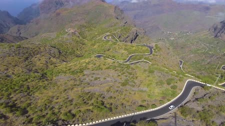 alpes : Overhead view of Teide mountain road, Tenerife