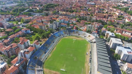 toscane : Pisa Stadium, luchtfoto Stockvideo