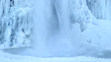 deep snow : Horsetail Falls Frozen in Winter along Columbia River Gorge Portland Oregon 1920x1080 Closeup