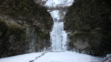 deep snow : Multnomah Falls in Deep Freeze Winter Season Portland Oregon 1920x1080