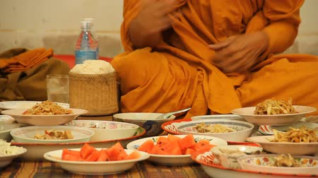 vientiane : food and monk