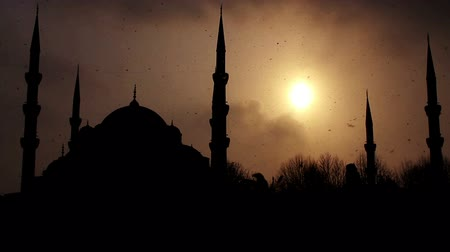 modlitba : istanbul sultan ahmet mosque in winter
