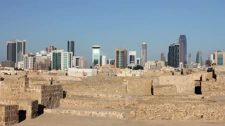 zamek : city view from Qalat al-Bahrain fort