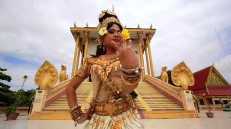 festivais : Apsara Dancer beautiful supernatural female in asian mythology