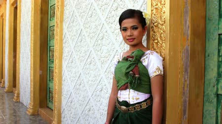 barma : Asian Girl with Traditional Clothes in Temple