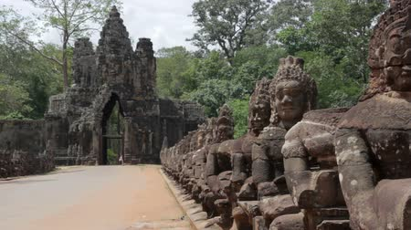 southeast : Historical gates in angkor wat Stock Footage