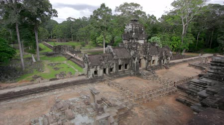 southeast : timelapse baphuon temple in angkor, siem reap, cambodia Stock Footage