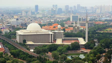 határkő : istiqlal mosque, jakarta, indonesia. Forth biggest in the world