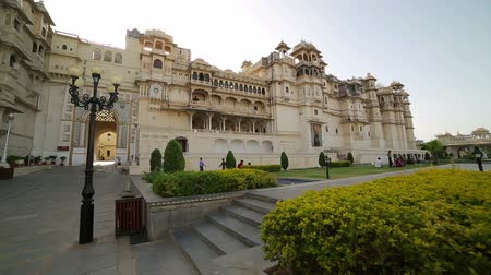 saray : Courtyard at City Palace, Udaipur