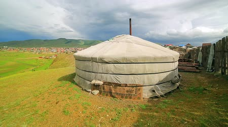 gép : Poor households in outskirts of Ulaanbaatar, Mongolias Capital Stock mozgókép