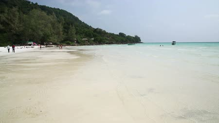 cambojano : Perfect white sand and crystal water beach, koh rong, cambodia