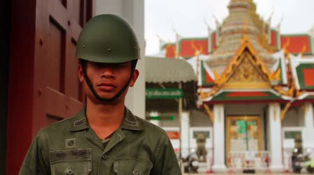 harcos : Thai soldier at the gate of Grand Palace