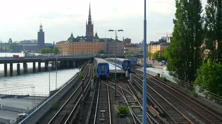 estocolmo : STOCKHOLM - SWEDEN, AUGUST 2015: old city view, metro passing