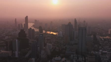 çevre kirliliği : AIR pollution in Bangkok whit PM2.5