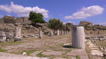 pergamon : Pergamon, the ruins of an ancient city on the background of blue sky with white clouds, Turkey, Bergama, 4K video Stock Footage