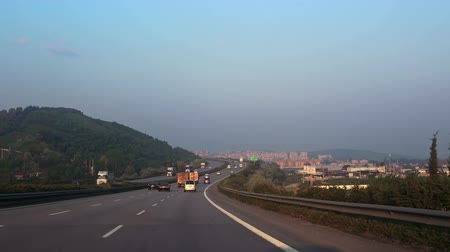 országúti : Highway in the morning, view from the car,  Turkey