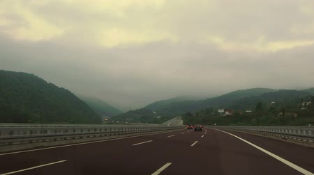 yuvarlanma : Highway in the mountains in morning, Turkey