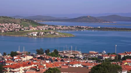 égei : Beautiful panoramic view of the sea coast and the islands near Ayvalik city, Turkey