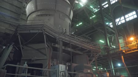 definição : Cement production factory, factory inside