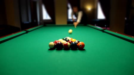 poolbiljart : Pool game split piramides