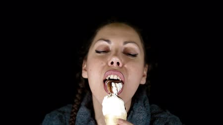 dondurma : Woman eats icecream