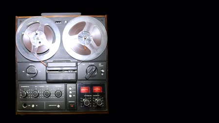serseri : Old retro Reel Audio Recorder reels spinning Stok Video