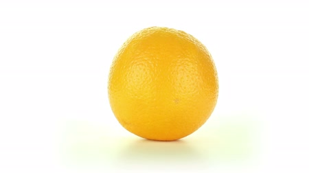 pomarańcza : Orange rotates on a white background