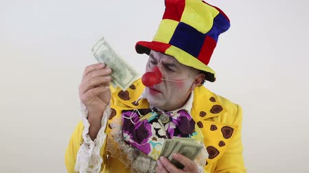 palhaço : Clown counting money
