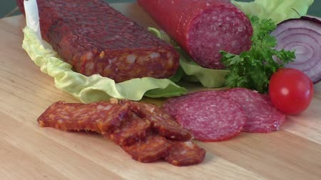 salame : Sausage of salami on a cutting board