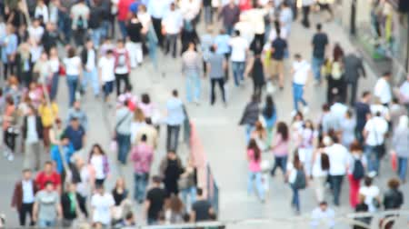 Европа : Blurred crowd of people walking on famous Istiklal street in Istanbul, Turkey