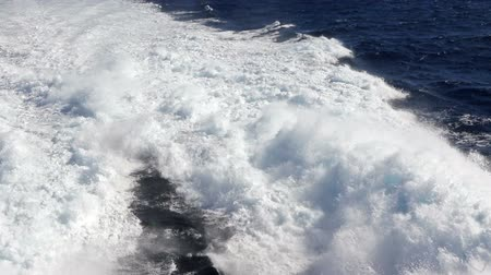 kanarya adaları : Water trail foaming behind a ferry boat in Atlantic ocean between Canary islands, Spain. FullHD video