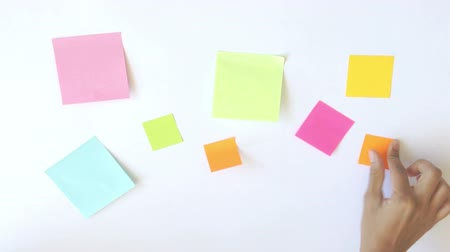 main dans la main : Sticky Notes