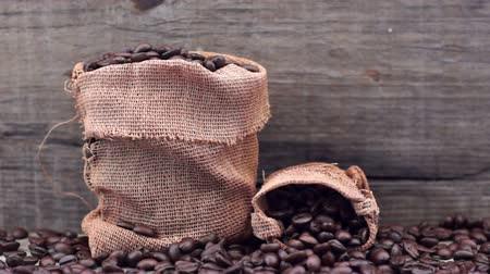 bolsa : Coffee Beans dolly shot Stock Footage